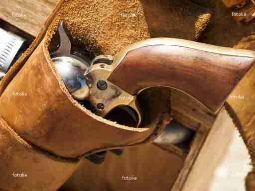 Western Gun Holsters: A Brief History Of Western Holsters